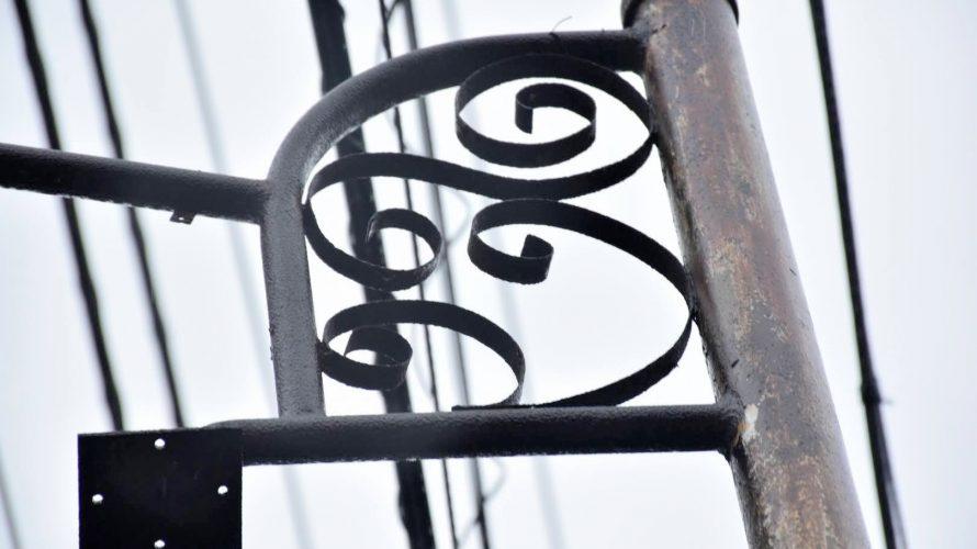 【レトロ電柱】墨田区京島のレトロ電柱2本。鳩の街へと向かう途中で