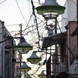 「こみち通り」まるで宝石!下総中山駅前の昭和レトロな街灯が並ぶ商店街がすき!